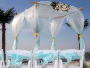 Aqua Florida beach wedding theme
