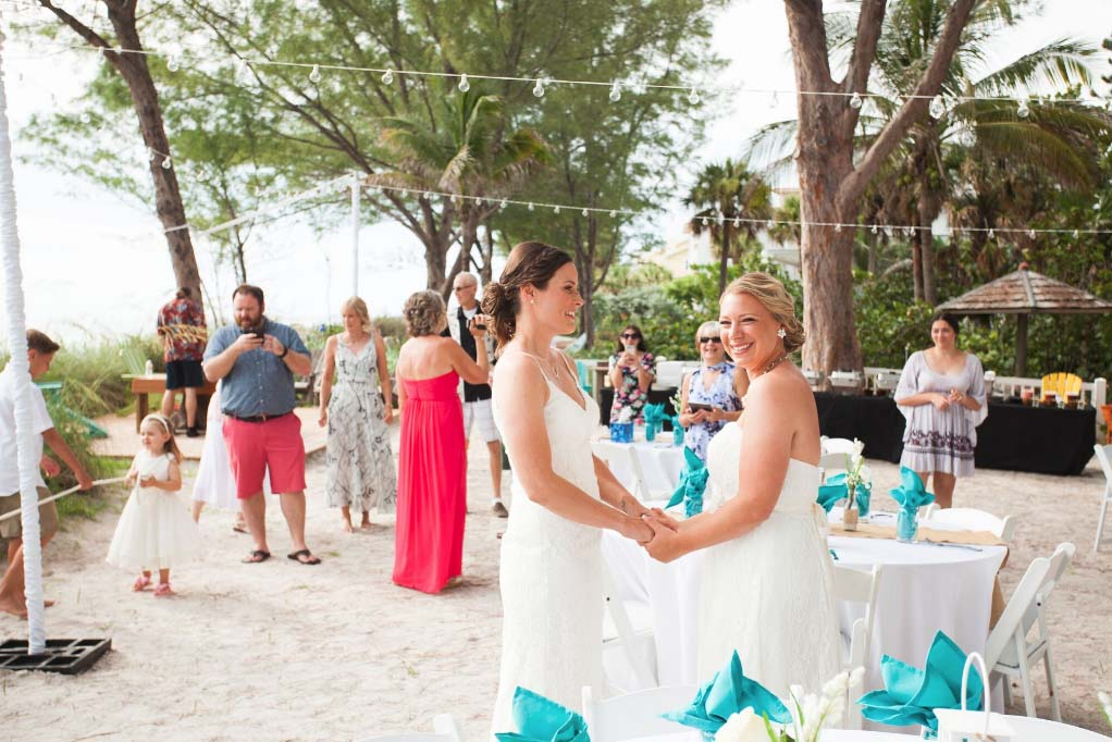 beach house wedding and reception