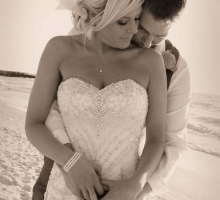Florida beach weddings, vow renewals, elopements, commitment ceremonies on the Gulf of Mexico. Beautiful beaches, romantic, affordable, reliable