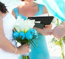 Florida beach wedding style with turquoise colors