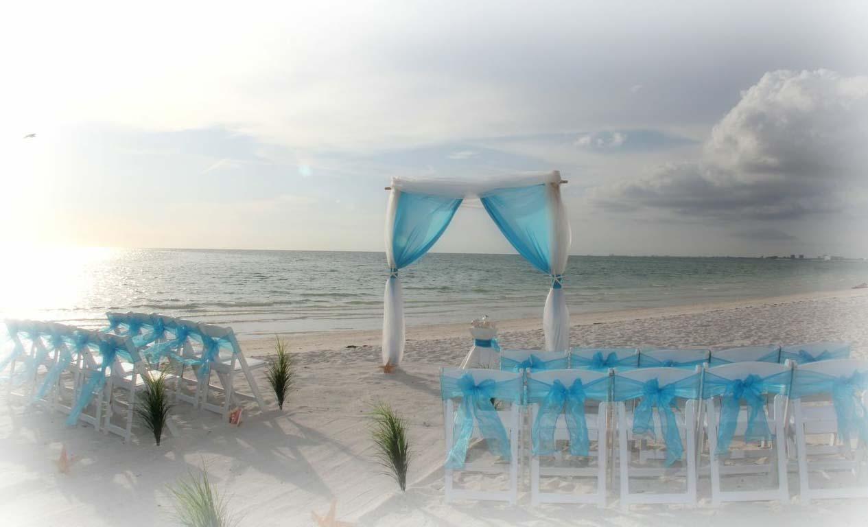 Florida beach wedding themes tantalizing for Seaside wedding theme ideas