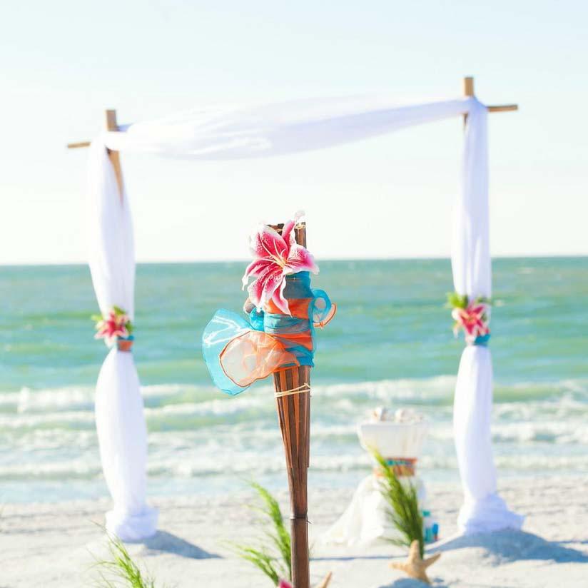 Weddings on a Florida beach by Suncoast weddingsSuncoast Weddings
