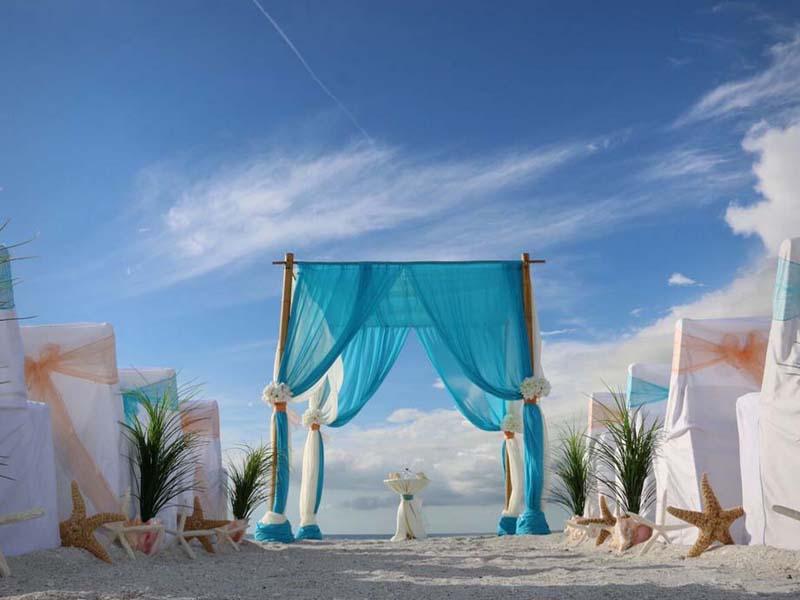 Turquoise beach wedding theme