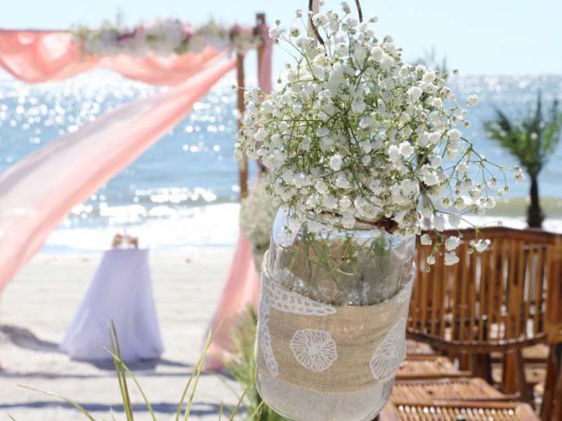 baby's breath beach wedding theme with burlap