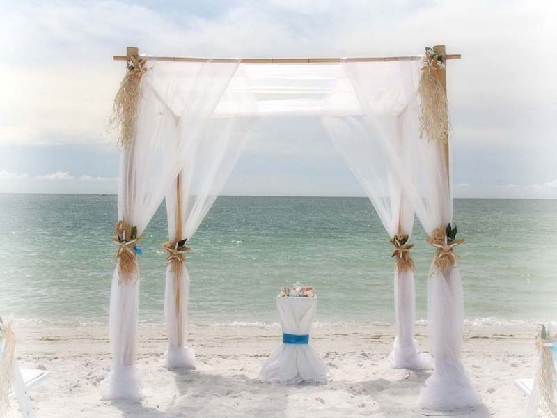 Ivory and white beach wedding theme