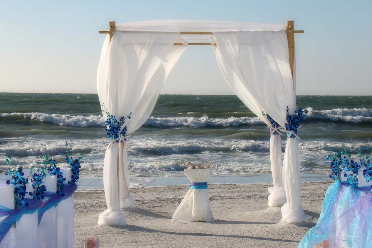 Beach Wedding Arch Ideas: Florida Beach Wedding Themes