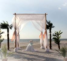 Florida beach wedding themes - an island oasis by Suncoast Weddings