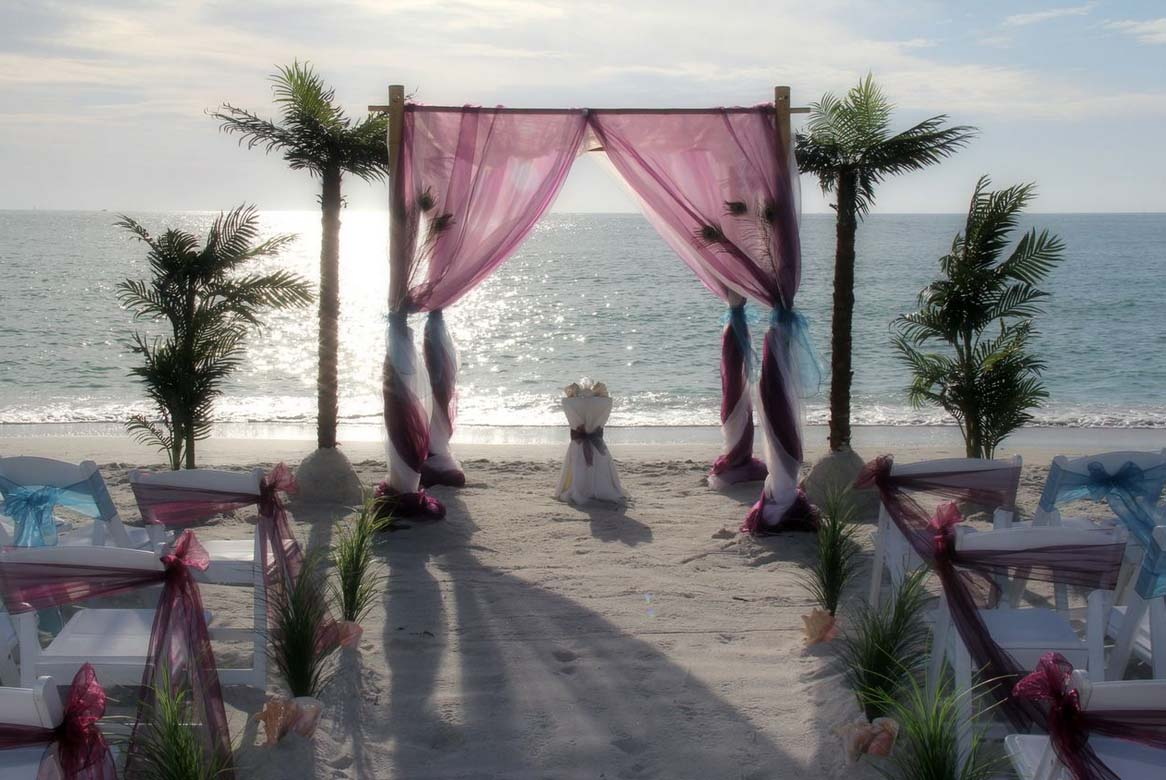 Florida Beach Wedding Themes Presented By Suncoast Weddings Pea Feathers