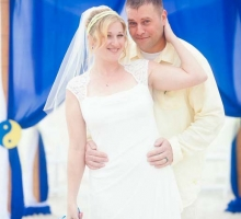 Affordable Florida beach wedding themes