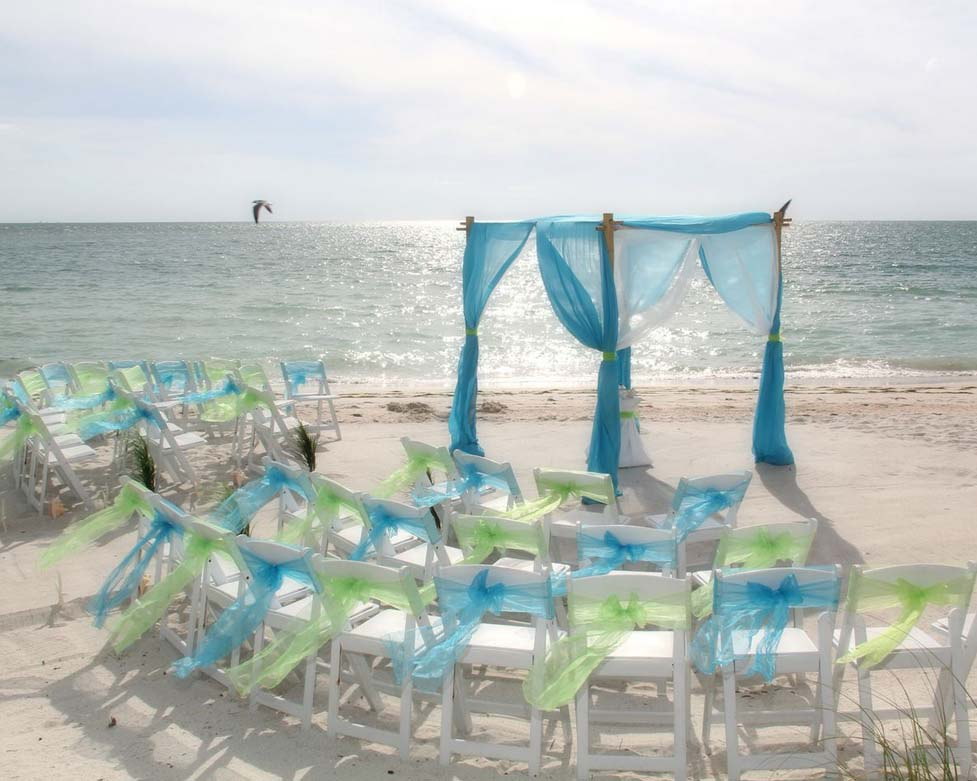 Florida beach wedding Style by Suncoast WeddingsSuncoast Weddings